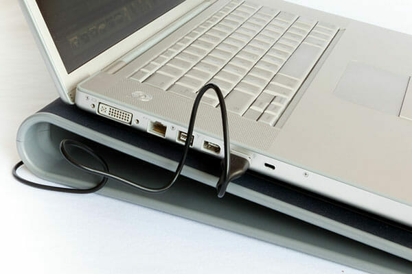 How to cool down a laptop